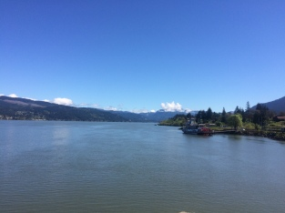 Cascade Locks and sternwheeler